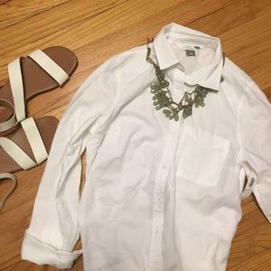 White Old Navy Button Up NWT